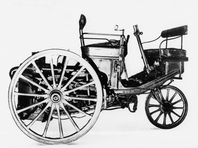 L'automobile – 1889 l'année de la présentation du tricycle à vapeur