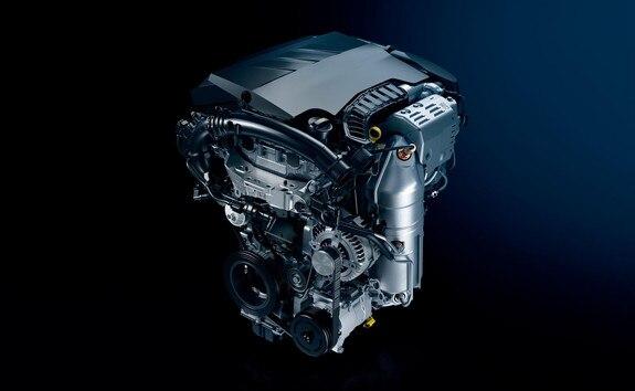 Peugeot 208 avec moteur 3 cylindres essence PureTech qui a remporté le prix « International Engine of the Year » en 2015, 2016, 2017 et 2018
