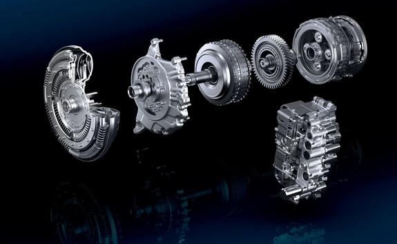 La PEUGEOT 208 accueille sur la motorisation PureTech la boîte de vitesses automatique EAT6 à 6 rapports, optimisant la consommation