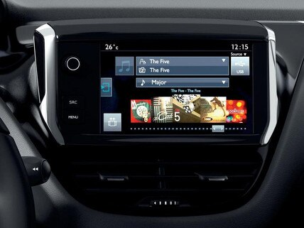 "Peugeot 208 i-Cockpit avec écran tactile 7"""