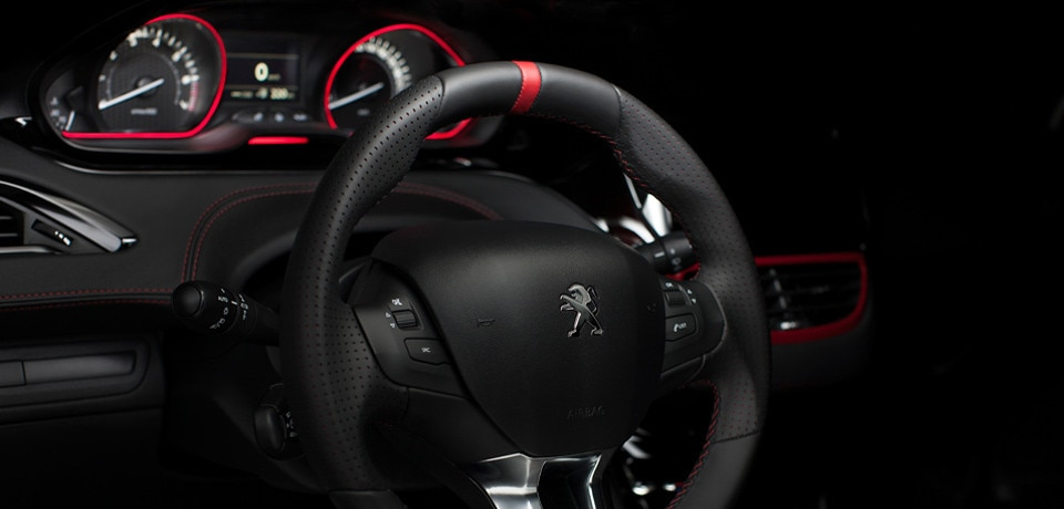 peugeot 208 gti sportive design int rieur. Black Bedroom Furniture Sets. Home Design Ideas