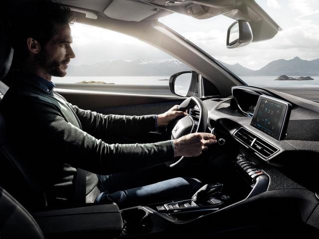 Peugeot i-Cockpit Nouveau SUV 3008