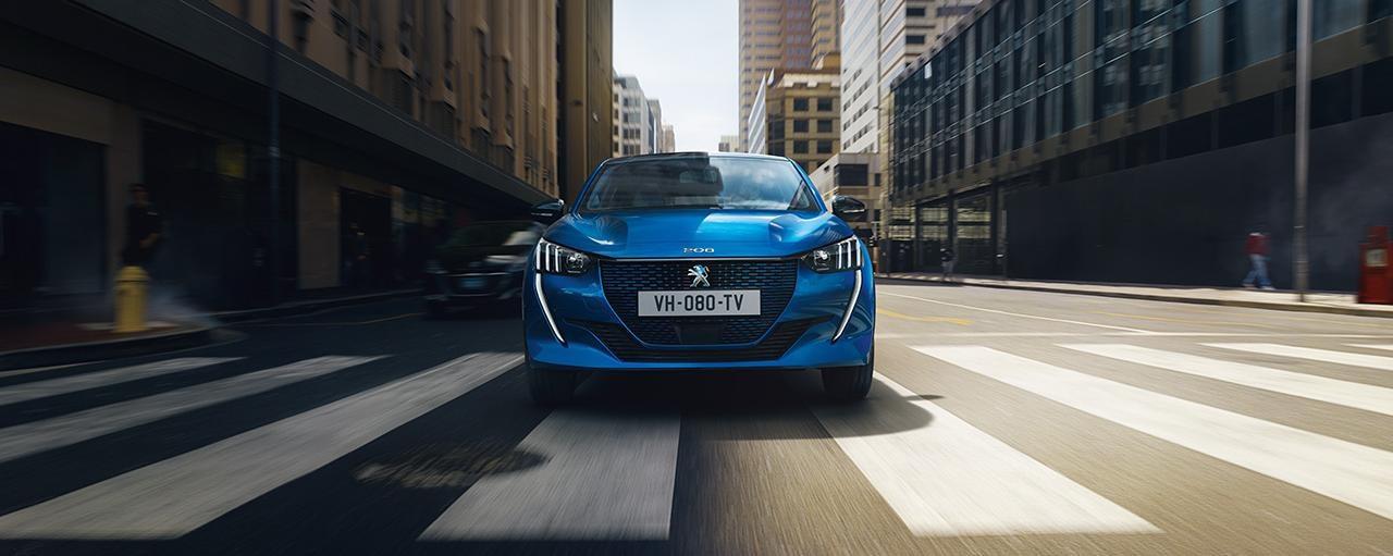 NOUVELLE PEUGEOT e-208 – Nouvelle voiture citadine électrique et face avant