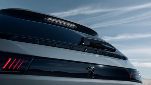 Nouveau 508 SW PEUGEOT SPORT ENGINEERED : Feux arrière 3D Full LED à triple griffe PEUGEOT