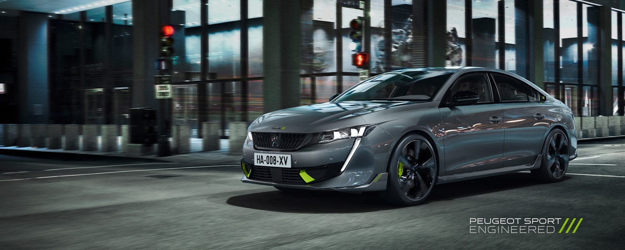 Nouvelle berline hybride haute-performance 508 PEUGEOT SPORT ENGINEERED