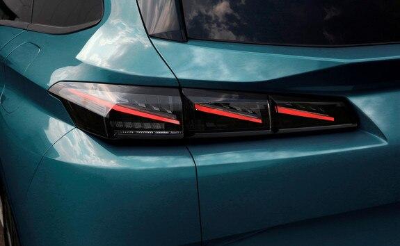 Nouvelle PEUGEOT 308 SW - feux arrières