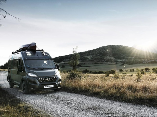 /image/83/2/peugeot-boxer4x4-1909styp-105-small.588832.jpg