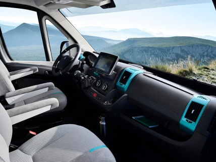 /image/83/5/peugeot-boxer4x4-1909styp-201-small.588835.jpg