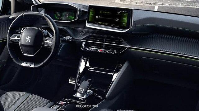 PEUGEOT 208 –  PEUGEOT i-Cockpit® 3D